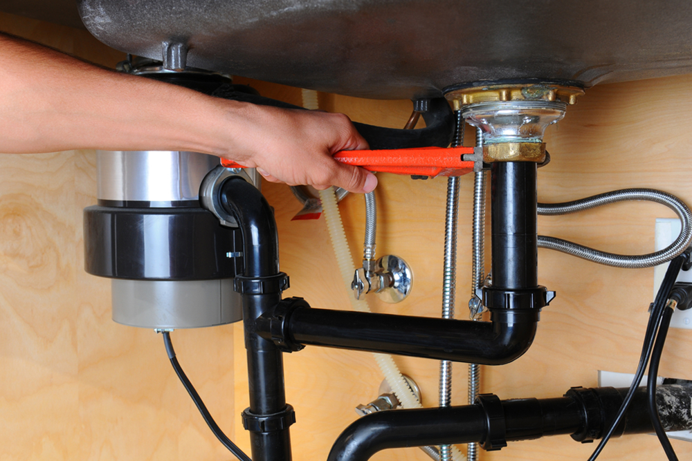 pph 40 - Why Is My Garbage Disposal Leaking?